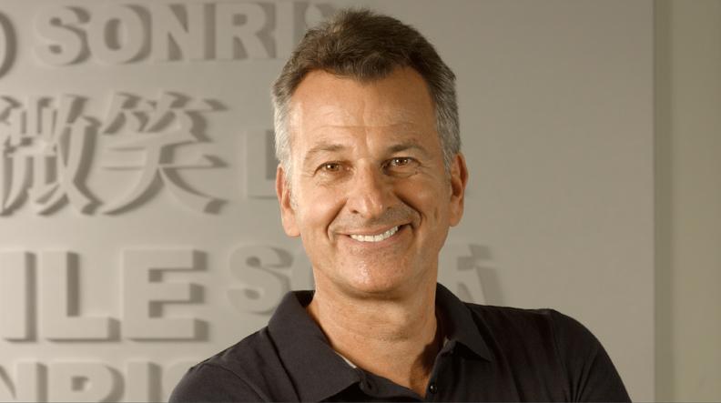 Dr Michael Schmitz